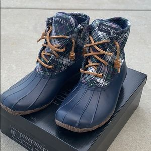 Sperry Saltwater Lace Up Boots Size 6.5